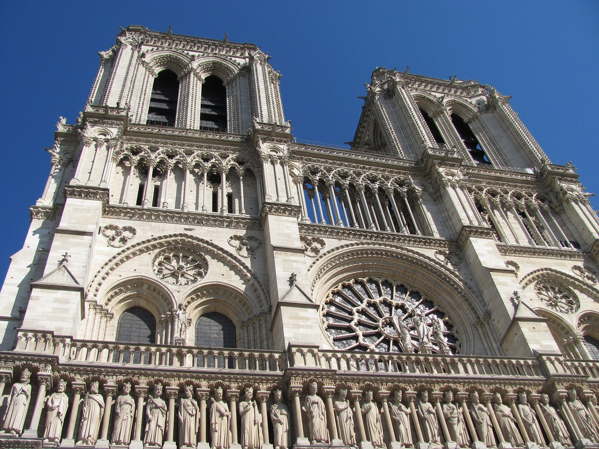 https://notredamecathedralparis.com/wp-content/uploads/Notre-Dames-West-Facade.jpg
